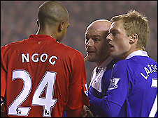Birmingham midfielder Lee Carsley (centre) is not happy with David Ngog (left) after accusing the Liverpool striker of diving to win a penalty in the 2-2 draw between the two teams