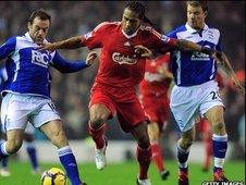 Glen Johnson (centre)