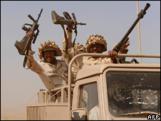 Saudi troops near the Yemeni border (10 November 2009)