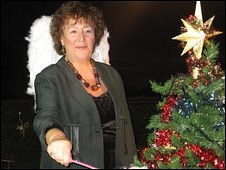 Cathy Lesurf in the video for Christmas Time