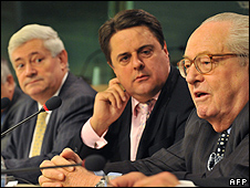 From left - French MEP Bruno Golllnisch, BNP leader Nick Griffin, head of National Front (FN) Jean-Marie Le Pen in Brussels, 12 Nov 09