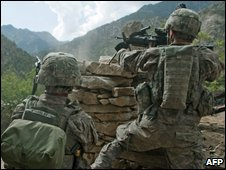 US soldiers in action in Kunar Province, eastern Afghanistan on 20 October 2009