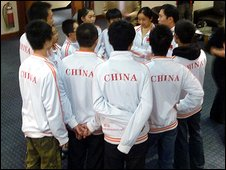 The Chinese team prepare for the next memory test