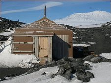 Hut used by Shackleton