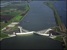 The Maeslant barrier, pic courtesy of Dutch Ministry of Transport, Public Works and Water Management