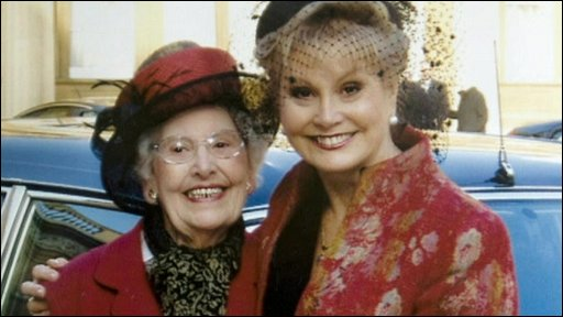 Angela Rippon and mother