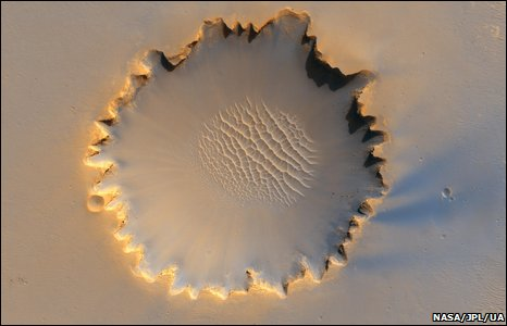 Victoria crater (NASA/JPL/UA )
