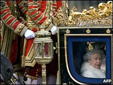 Queen on her way to Parliament 2009