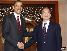 Barack Obama (L) and Wen Jiabao in Beijing - 18 November 2009