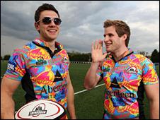 Nick De Luca and Phil Godman model the new Edinburgh kit