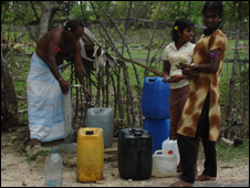Waiting for water in Jaffna