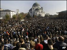 Thousands attend the memorial service for the late Patriarch Pavle in front of St Sava cathedral, in Belgrade, 19 November 2009