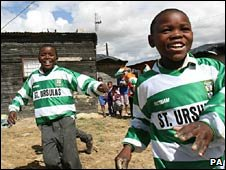 Children play in Cape Town, South Africa. Photo: November 2009