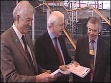 Convention chair Emyr Jones Parry with Rhodri Morgan and Ieuan Wyn Jones