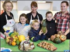 Children taking part in Healthy Weight initiative in Viewpark