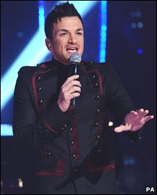 Children in Need: Peter Andre performs