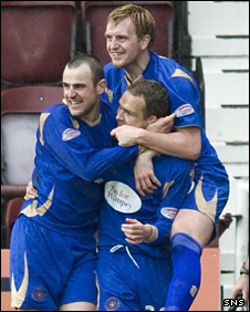 Substitute Jonatan Johansson scored the winner for St Johnstone
