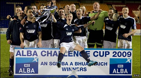 Dundee celebrate winning the Alba Challenge Cup