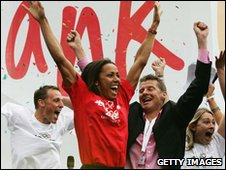 Dame Kelly Holmes and Steve Cram in Trafalgar Square