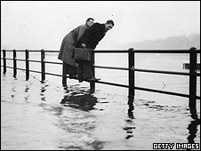 Thames flooding March 1947