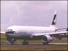 A Cathay Pacific Airbus