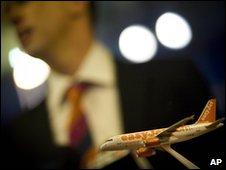 Easyjet model plane