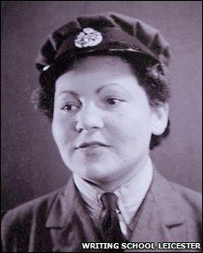 Rosa Lebens in uniform