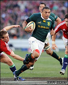 Bryan Habana scythes through the Lions defence during summer 2009