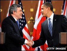 British PM Gordon Brown and US President Barack Obama in London (1 April 2009)