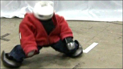 Manoi GO robot