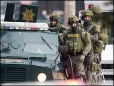 Swat members after the shooting of four police officers in Washington State