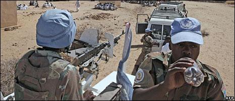 South African peacekeepers in Darfur (file photo)