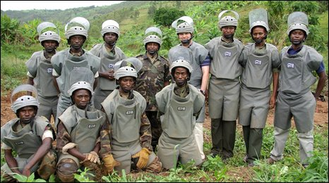 Rwandan De-mining Office and Ben Remfry. Photo Mines Awareness Trust 