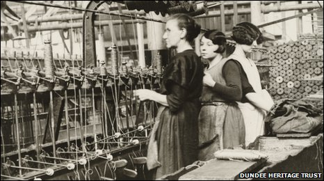 Women working in a Dundee mill