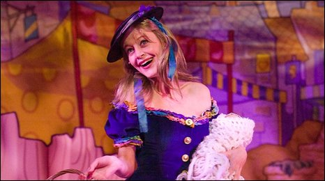 Suzy Cooper in York Theatre Royal's pantomime