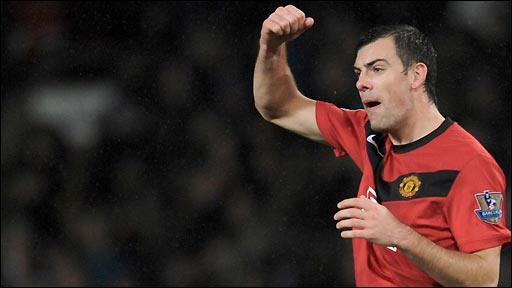 Darron Gibson scores both goals as Manchester United beat Tottenham at Old Trafford to reach the Carling Cup semi-finals