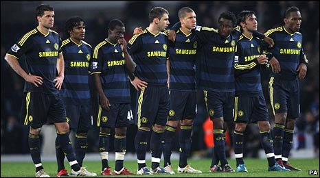 Chelsea's players after their defeat at Blackburn