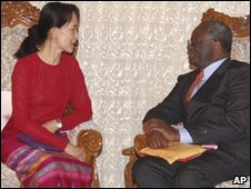 Ibrahim Gambari, pictured with Burmese pro-democracy leader Aung San Suu Kyi on 8 March 2008