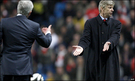 Man City boss Mark Hughes (left) and Arsenal's Arsene Wenger