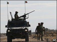 Italian Nato troops in Herat, Afghanistan (8 Nov 2009)