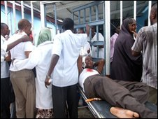 A man wounded by the blast in Mogadishu, Somalia (3 December 2009)