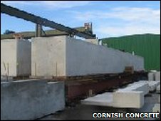 The 133-tonne concrete beams
