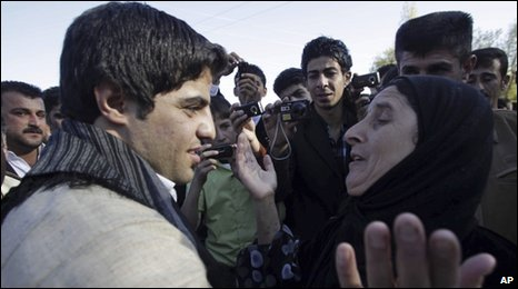 Ali Pour is reunited with his mother in Halabja after 21 years