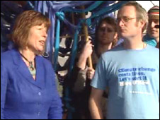Welsh Environment Minister Jane Davidson with climate change protesters