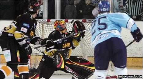 Adam Calder scores a goal (Mark Tredgold)
