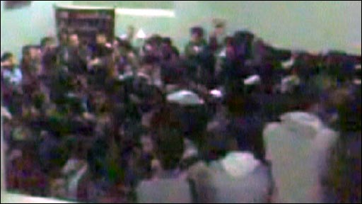Iranian students protesting inside Aza University, Tehran