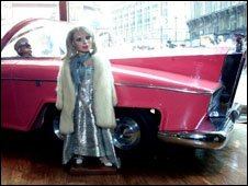 Lady Penelope and his car