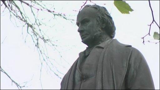 Brunel Statue