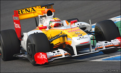 Ho Pin Tung drives a Renault during young drivers testing in Jerez last week