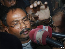 Ulfa Chairman Arabinda Rajkhowa being produced in court in Guwahati on 5 Dec 2009